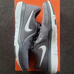 Women's Nike Flex Experience RN7